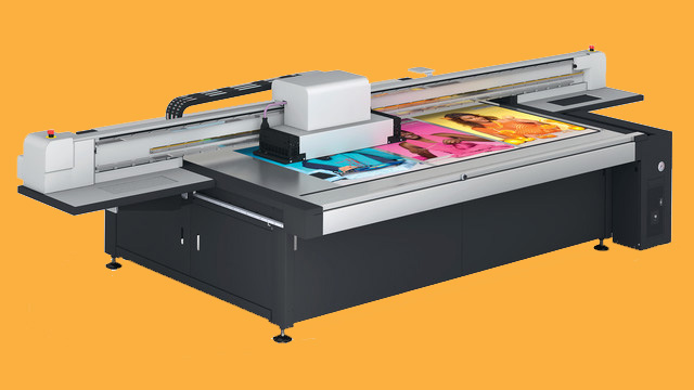 Swift Displays Swiss-Q flatbed printer